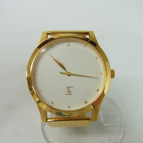 実際に弊社で買取させて頂いたAlive Athletics/アライブアスレティックス  THE CLASSICS METAL ゴールド/腕時計